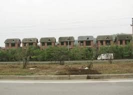 Đầu tư bất động sản: Ưu tiên nhỏ và xa ảnh 1
