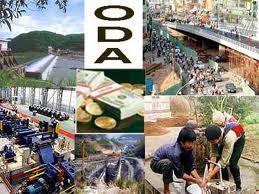 Nhật Bản cam kết không cắt giảm ODA cho VN ảnh 1