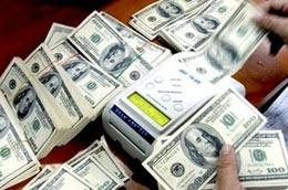 Lợi nhuận, việc làm và số phận USD ảnh 1