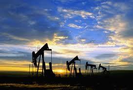 Giá dầu giảm 2 phiên liên tiếp sau dự báo IEA ảnh 1