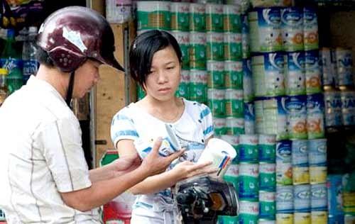 Quản lý giá sữa - Bài toán chưa có lời giải ảnh 1