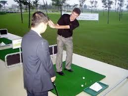 Sao nhất thiết phải là golf? ảnh 1