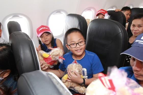 Vietjet mở đường bay TPHCM-Đồng Hới ảnh 1