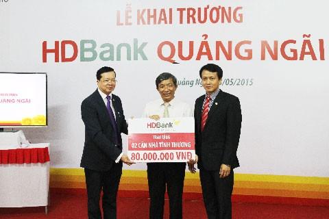 HDBank tặng 2 căn nhà tình thương tại Quảng Ngãi ảnh 1