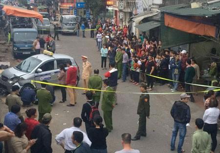 Hà Nội: Xe taxi mất lái đâm chết người ảnh 1