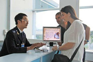 TPHCM hoàn thuế 30 tỉ đồng cho người nước ngoài ảnh 1