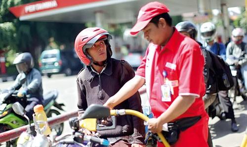 Indonesia - Đau đầu trợ giá xăng dầu ảnh 1