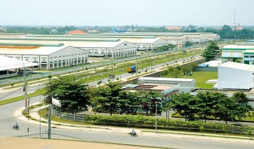 Đầu tư KCN-KCX TPHCM: Nội, ngoại đều giảm ảnh 1