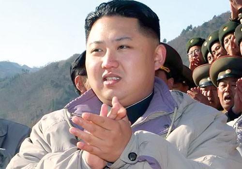 """KT Triều Tiên 3 đời họ Kim (kỳ 3): Thách thức """"Người kế vị Vĩ đại"""" ảnh 1"""