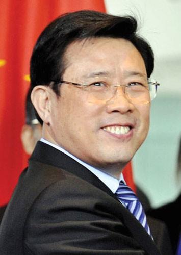 Liang Wengen - bán rong thành tỷ phú ảnh 1