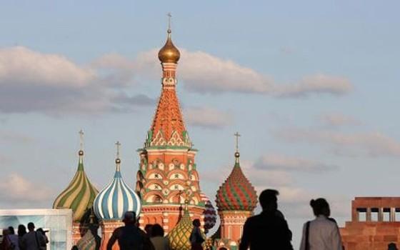 Người Nga lần đầu tiên được phép phá sản ảnh 1