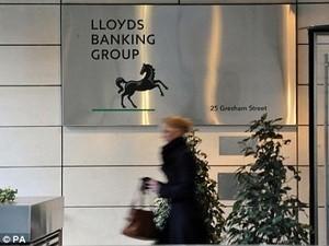 Lloyds Banking thua lỗ trước thuế 3,86 tỷ bảng ảnh 1