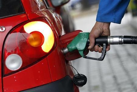 Pháp cấm nhập dầu từ Iran, giá dầu phục hồi ảnh 1