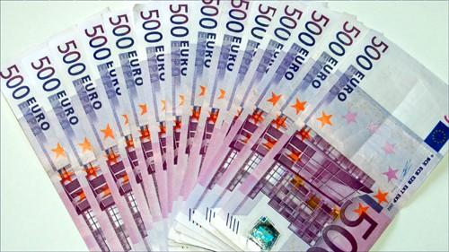EU thông qua kế hoạch tái cơ cấu NH Tây Ban Nha ảnh 1