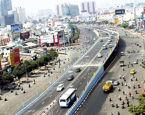 Phát triển giao thông đường bộ: 190.000 tỷ đồng/năm ảnh 1