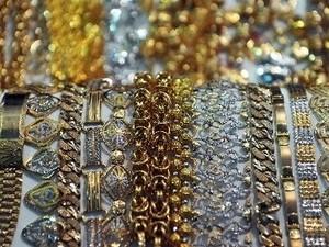 Giá vàng có tuần giảm mạnh nhất trong 2 năm ảnh 1