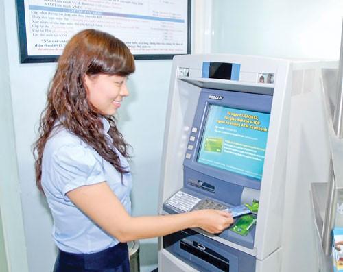 Ưu đãi chủ thẻ quốc tế Eximbank ảnh 1
