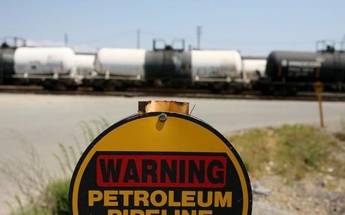 Giá dầu thô chịu thêm một cú đánh mới ảnh 1