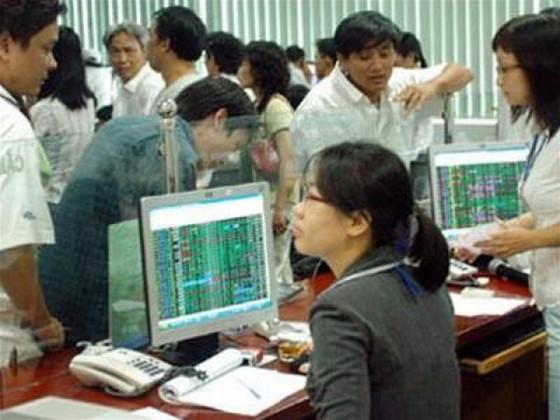 Nhận định thị trường chứng khoán ngày 18-8 ảnh 1