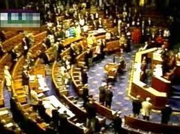 Hạ viện Hoa Kỳ thông qua dự luật nâng trần nợ ảnh 1