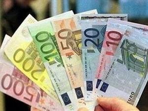 EUR đang đối mặt với tương lai ảm đạm ảnh 1
