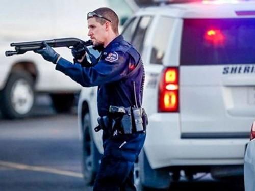 Xả súng kinh hoàng tại Hoa Kỳ ảnh 1