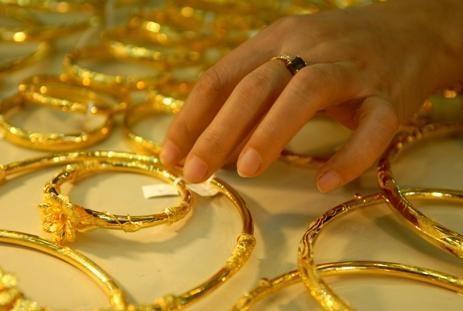 Mùng 4 tết: Giá vàng lên 45,6 triệu đồng/lượng ảnh 1