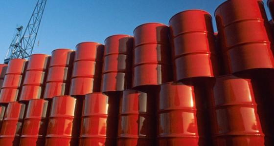 Giá dầu bằng 1/3 chiếc thùng chứa chúng ảnh 1