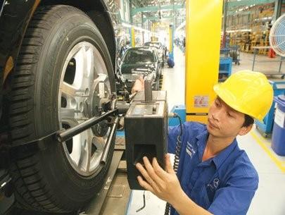 Ngành công nghiệp ô tô Việt Nam đang lùi xa? ảnh 1