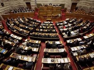 Quốc hội Hy Lạp thông qua ngân sách năm 2013 ảnh 1