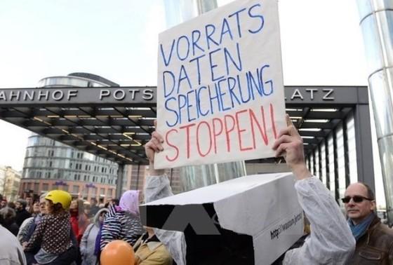 Chủ tịch Quốc hội Đức bác TTIP ảnh 1