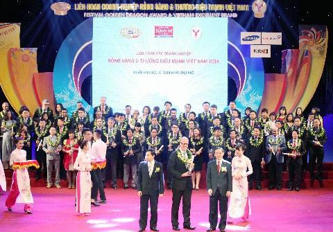 RMIT Việt Nam nhận giải thưởng Rồng Vàng lần 12 ảnh 1