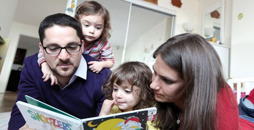 Cha mẹ e-book, con sách giấy ảnh 1