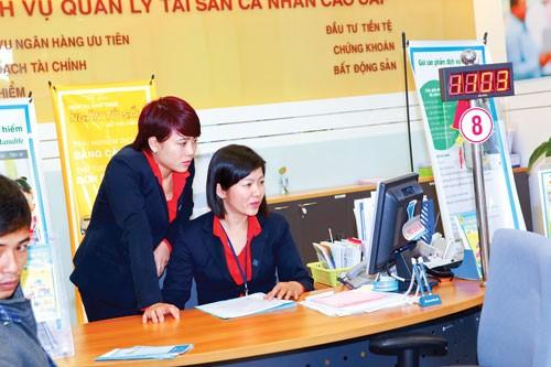 Mùa ĐHCĐ (K3): Biến động nhân sự ngân hàng ảnh 1