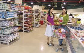 """""""Chịu phép"""" siêu thị? ảnh 1"""