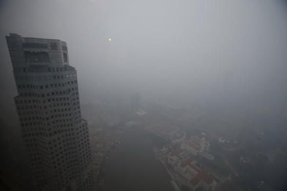 Singapore đóng cửa khẩn cấp vì ô nhiễm ảnh 1