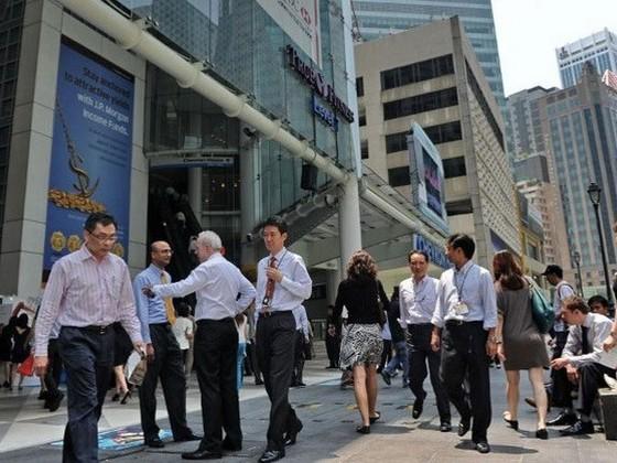 Singapore thắt chặt thị trường lao động ảnh 1