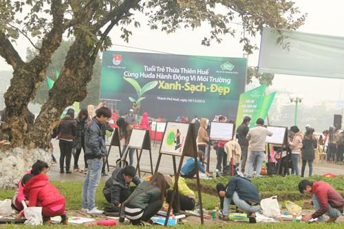 TT-Huế: 2.000 thanh niên làm sạch môi trường ảnh 2
