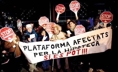 """Tây Ban Nha: """"Quả bom"""" BĐS đe dọa ngân hàng ảnh 1"""