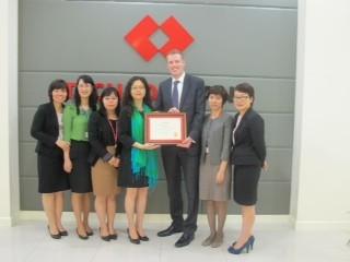 Techcombank nhận giải chất lượng thanh toán quốc tế ảnh 1