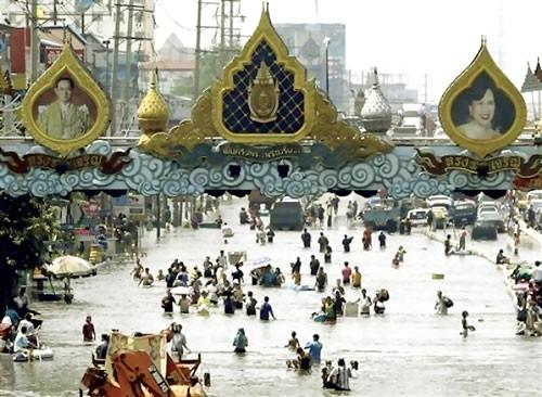 Thái Lan: Lũ lụt gây thiệt hại nền kinh tế ảnh 1