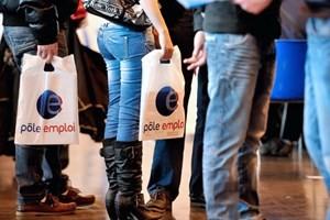 Tỷ lệ thất nghiệp Eurozone giảm nhẹ ảnh 1