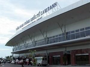 Cam Ranh đón chuyến bay quốc tế đầu năm ảnh 1