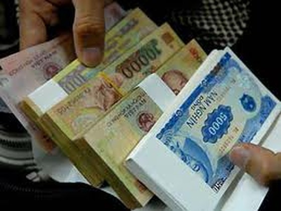 Khởi động mùa đổi tiền mới ảnh 1