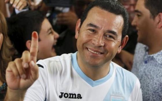 Cựu danh hài trúng cử TT Guatemala ảnh 1