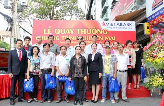 """VietABank: 2 tỷ đồng chương trình """"Đón xuân vàng, rước xe sang"""" ảnh 1"""