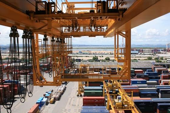 Bloomberg: Kinh tế Việt Nam nhiều trợ lực ảnh 1