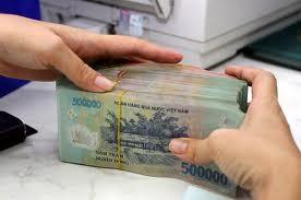 Tổ chức rút tiền mặt qua tài khoản chịu phí 0,005% ảnh 1