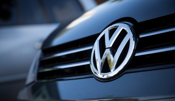 Volkswagen nộp phạt 4,3 tỷ USD ảnh 1