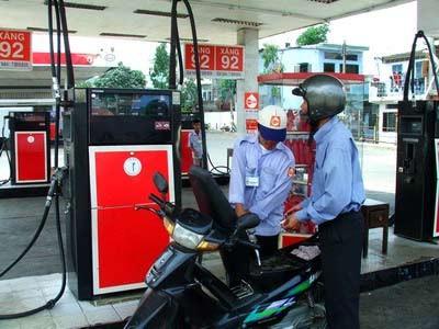 Giá xăng tiếp tục giảm ảnh 1